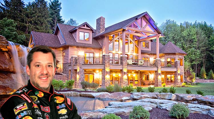 NASCAR driver Tony Stewart builds log cabin in Indiana