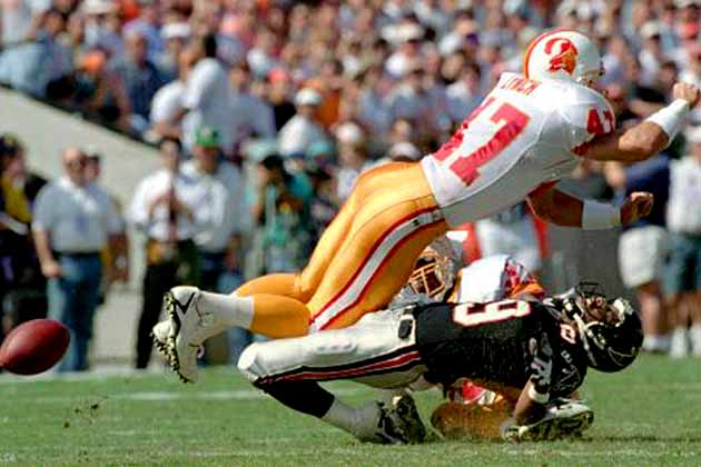 15 Of The Scariest Players In Nfl History Page 4