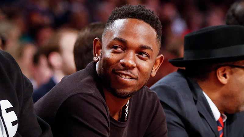 NFL celebrity fan Kendrick Lamar