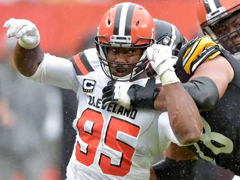 Cleveland Browns defensive end Myles Garrett sacks Ben Roethlisberger
